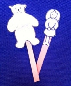 picture 2 stick puppets